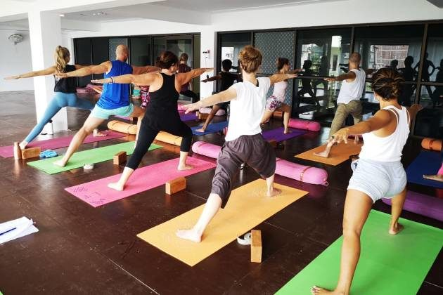 Types of Courses Available to become Certified Yoga Teacher