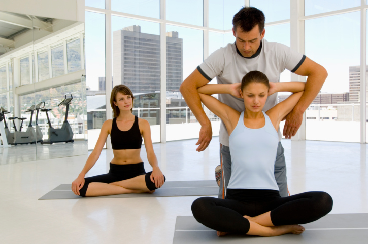 What Type of Yoga Teacher Training is the Best for You and me
